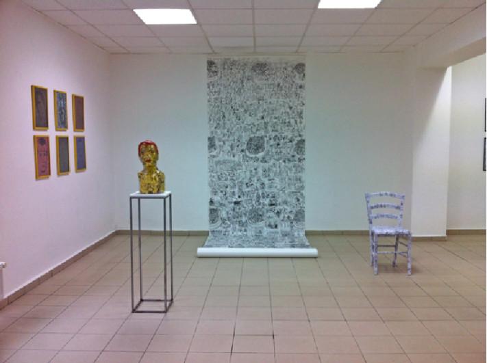 3,5m Zeichung der Künstlerin Gerhild Grolitsch im Großformat